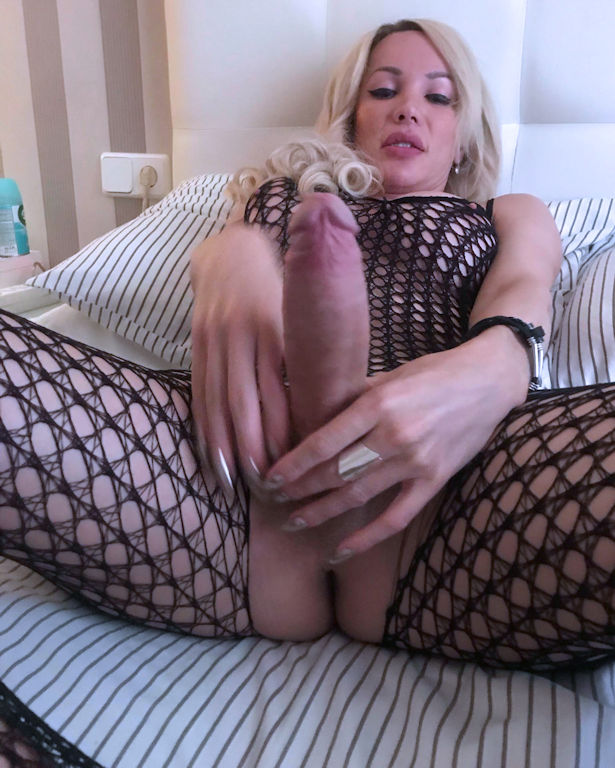 TS Andrea Raducan Blonde Transsexual