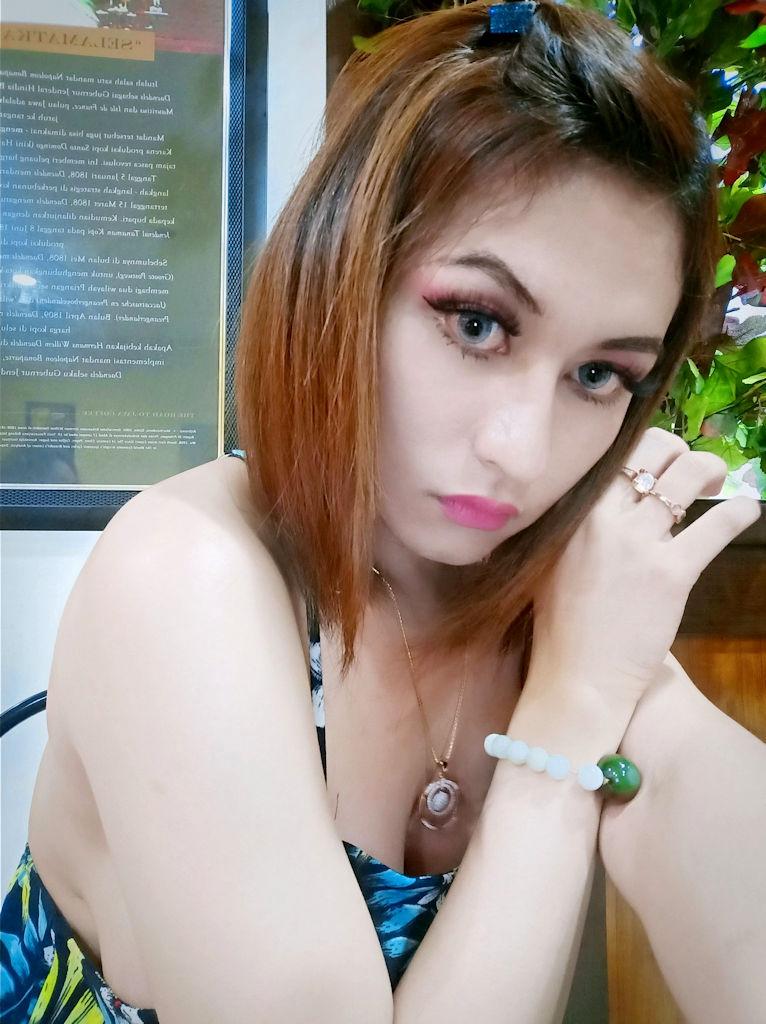 Donna Waria Big Tits Jakarta Escort