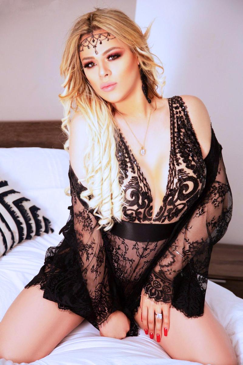 TS Tayna Melange Blonde Shemale Escort