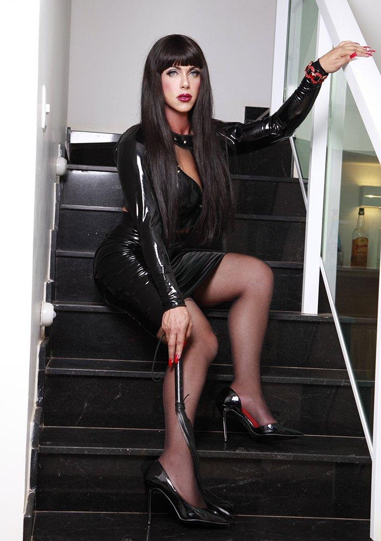 TS Donatela Latex Mistress