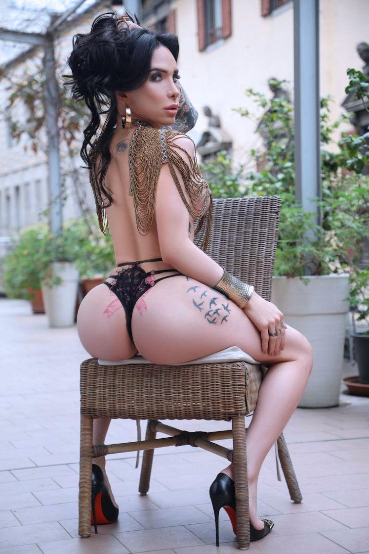 TS Gabriella Manzini Stunning Transsexual