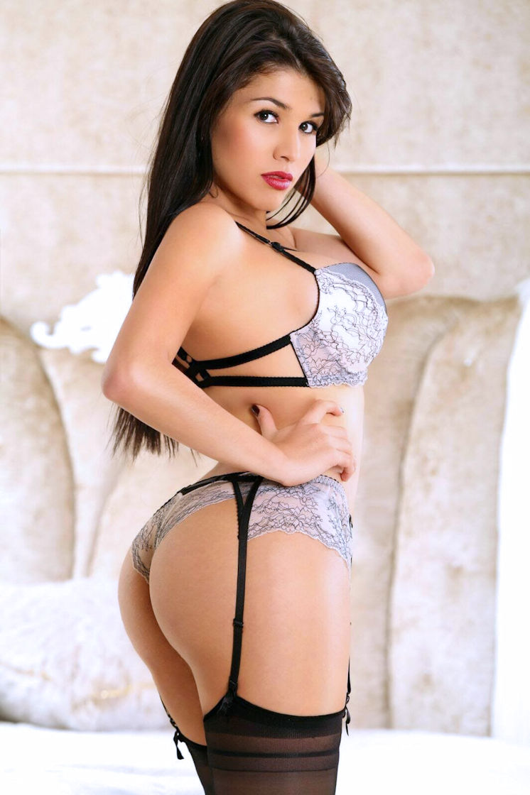 TS Marianna Colombian Transsexual Escort
