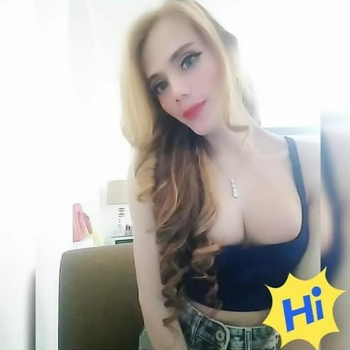Jihan Versatile Jakarta Shemale Escort