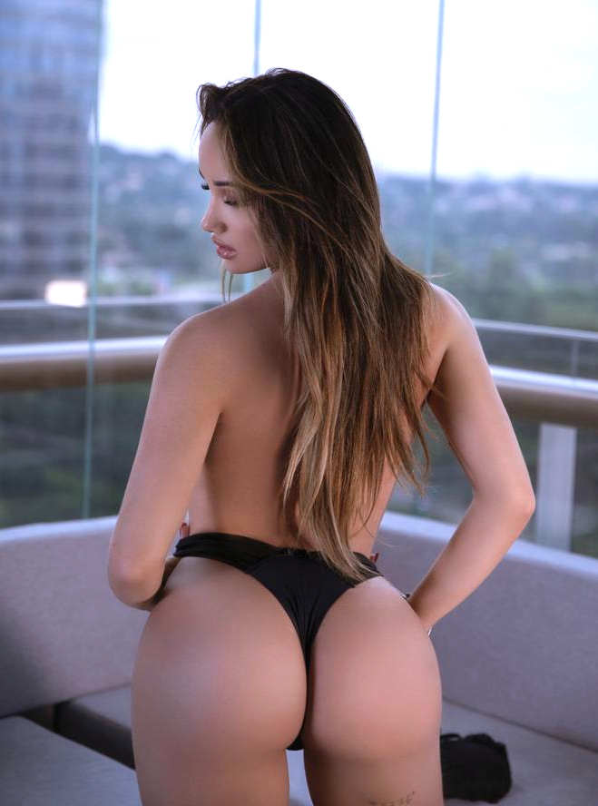 Transsexual Isa Jolie London Shemale Escort